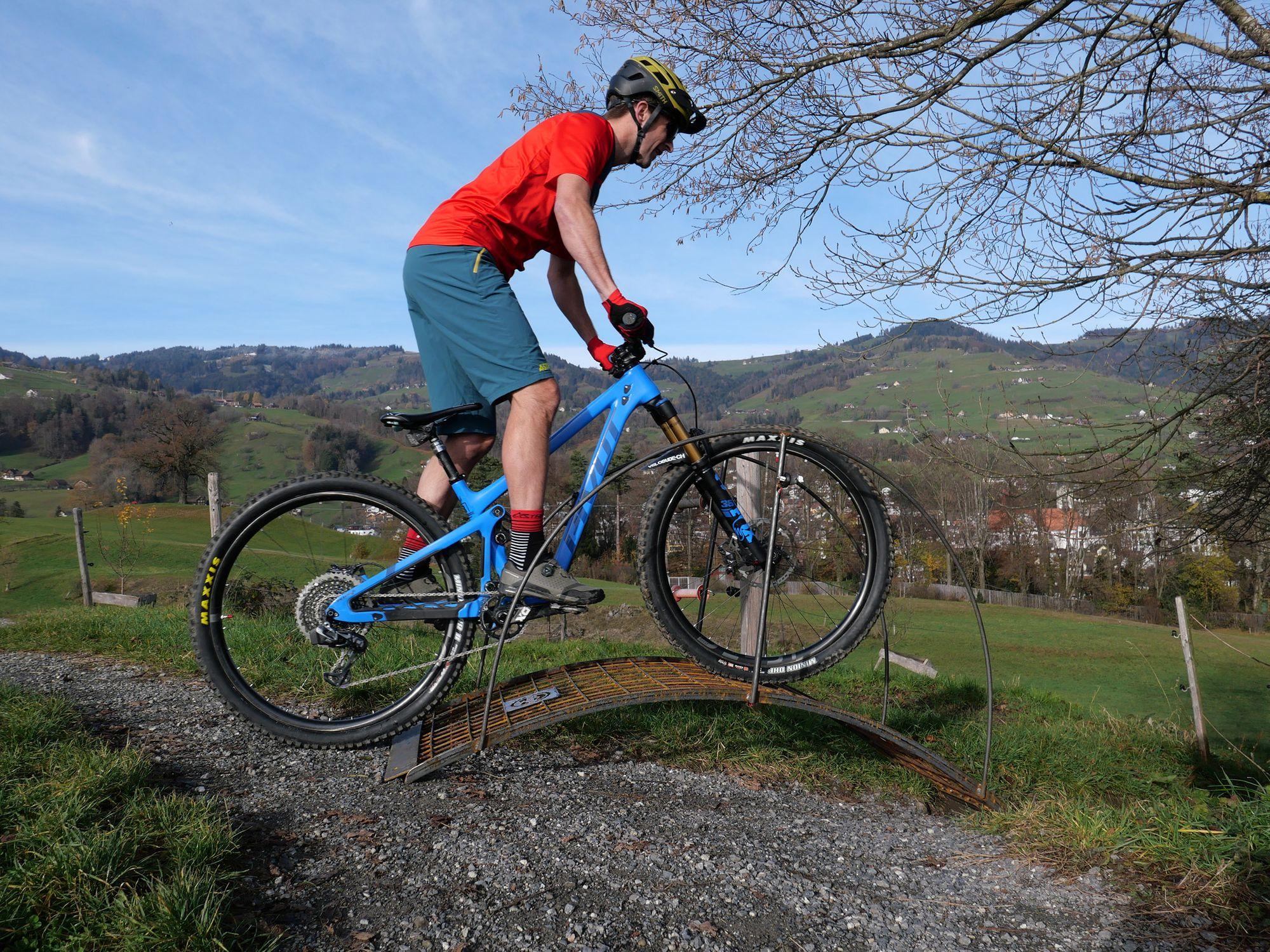 Initiative für den MTB-Sport Mountainbiker organisieren sich im Rheintal