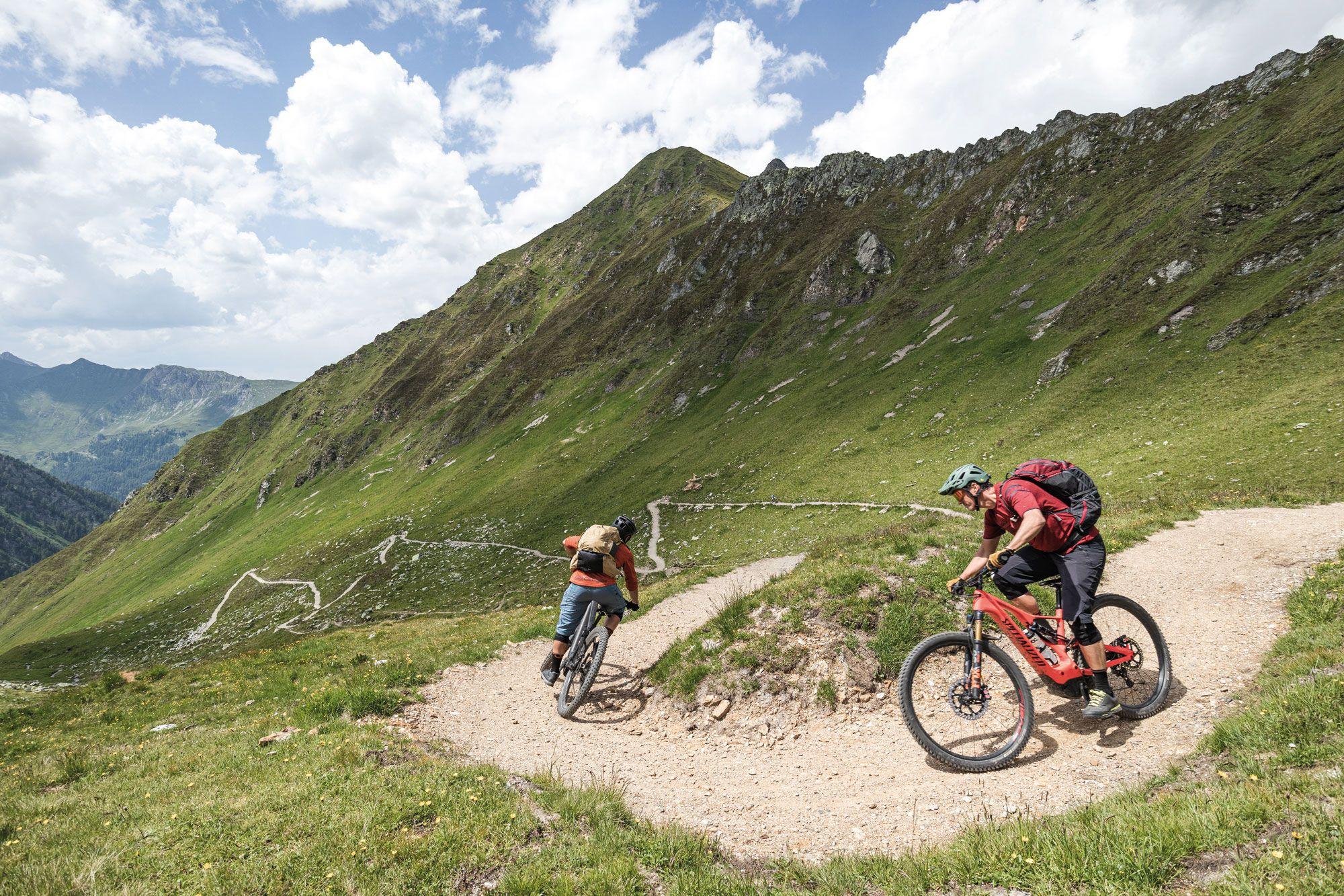 Flucht nach oben   Tirol von Joch zu Joch