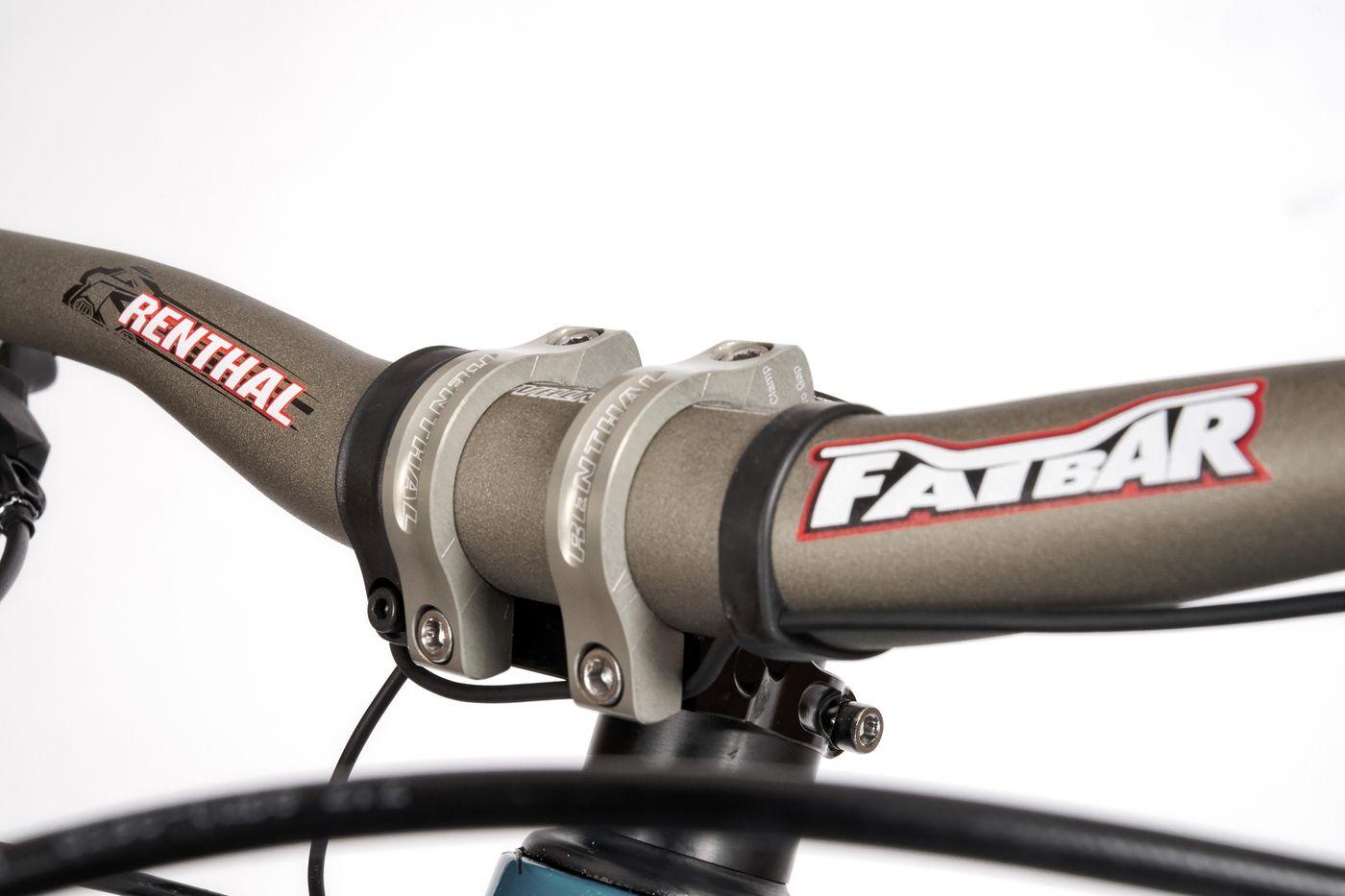 BMC Trailfox AMP SX - Renthal Fatbar Lenker