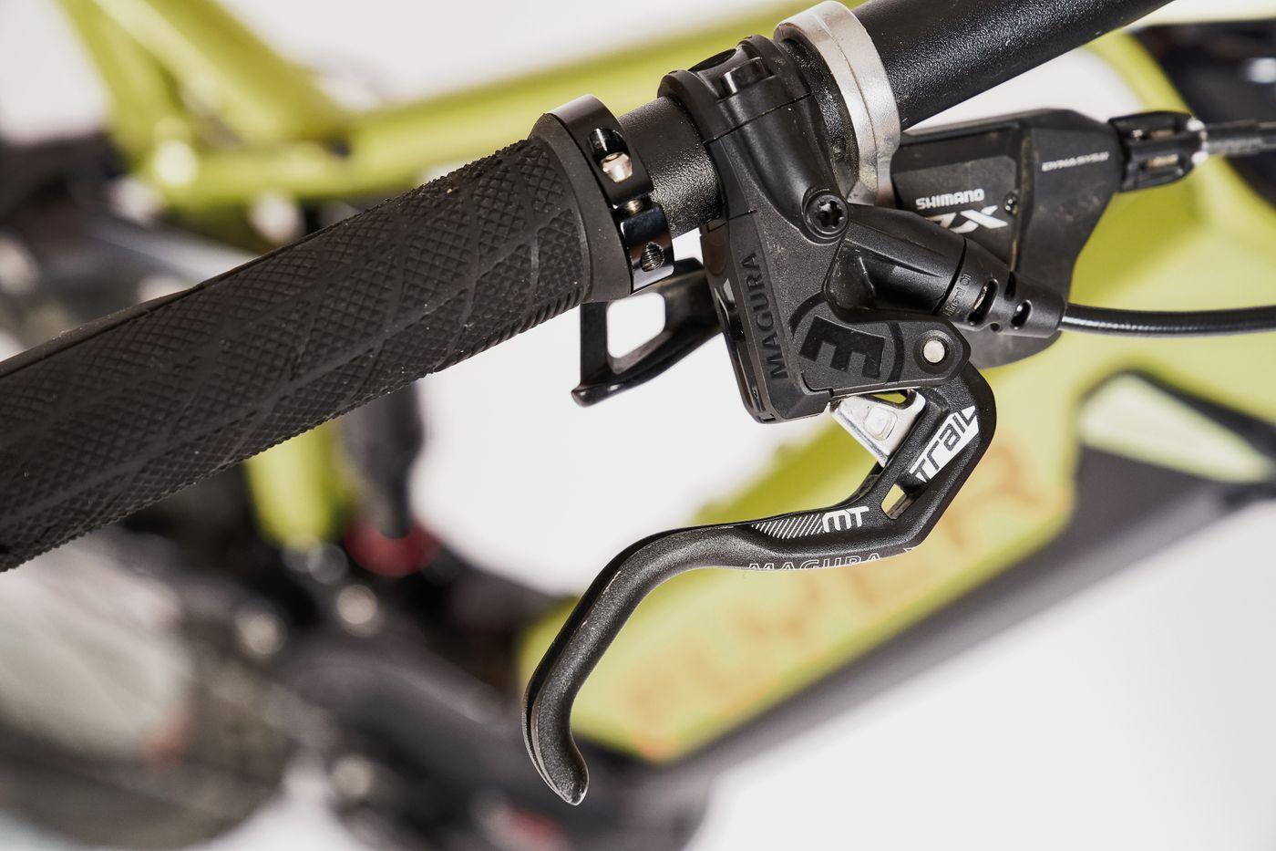 Flyer Uproc6 4.10 - Magura MT Trail Sport