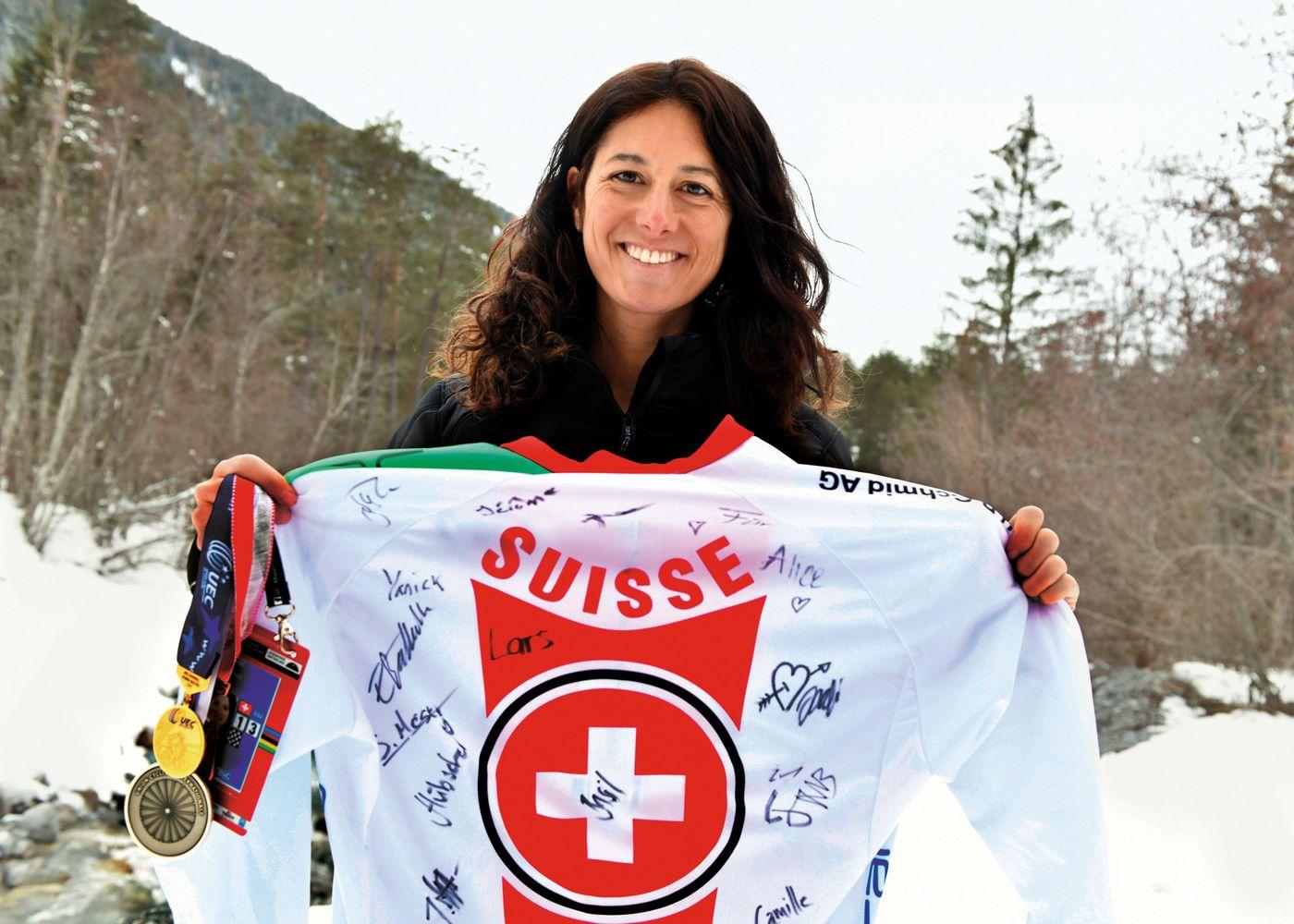 Alice Kühne - Die ehemalige Rennfahrerin ist zweifache Weltmeisterin in der Masters-Kategorie Downhill