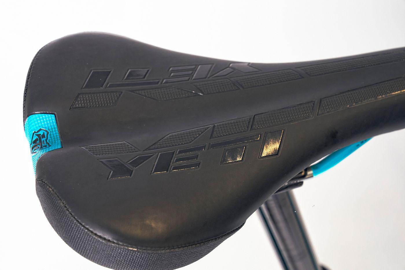 Yeti SB150 Turq Series X01 Sattel