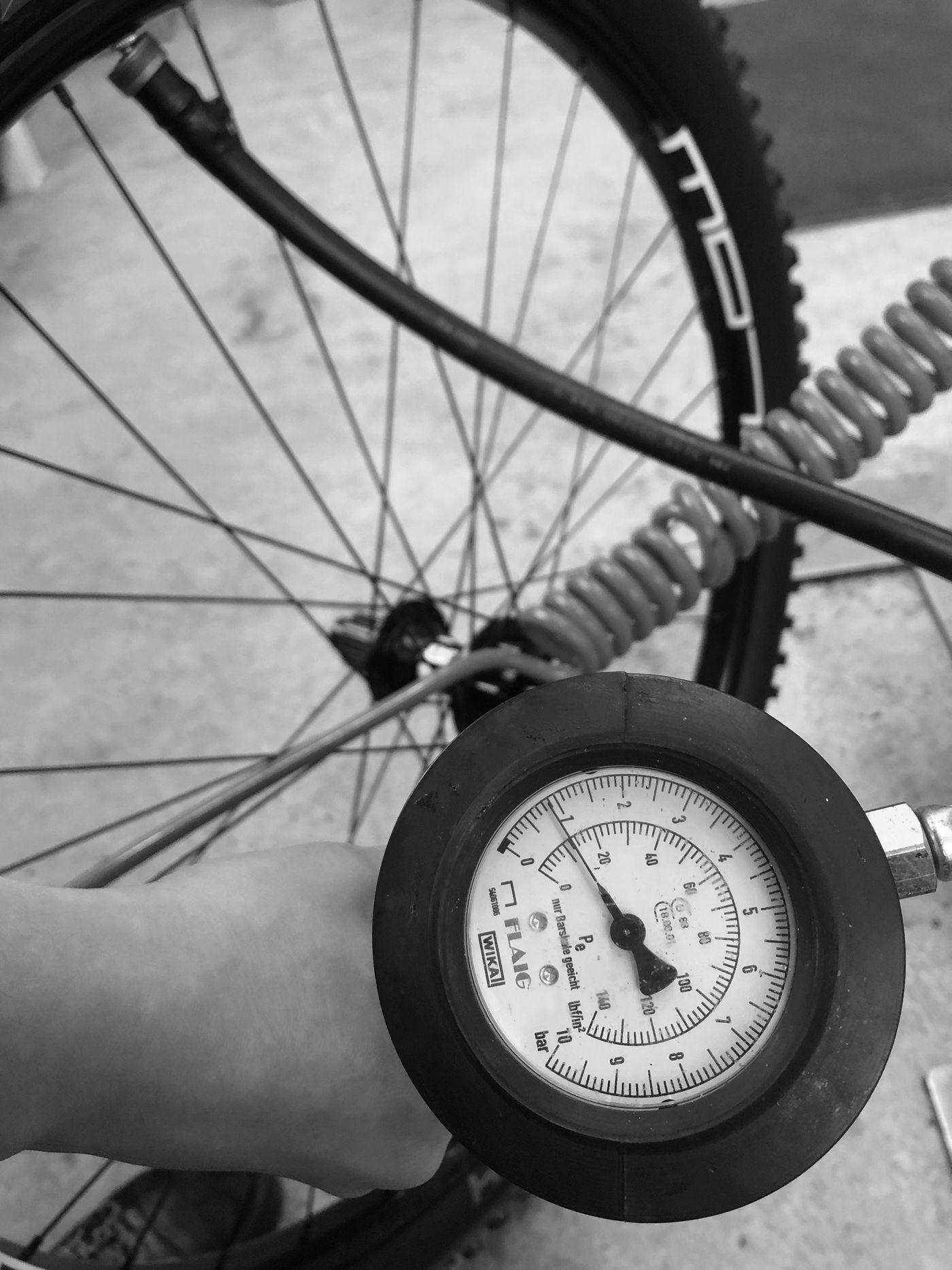 Tubeless Montage - Reifen aufpumpen