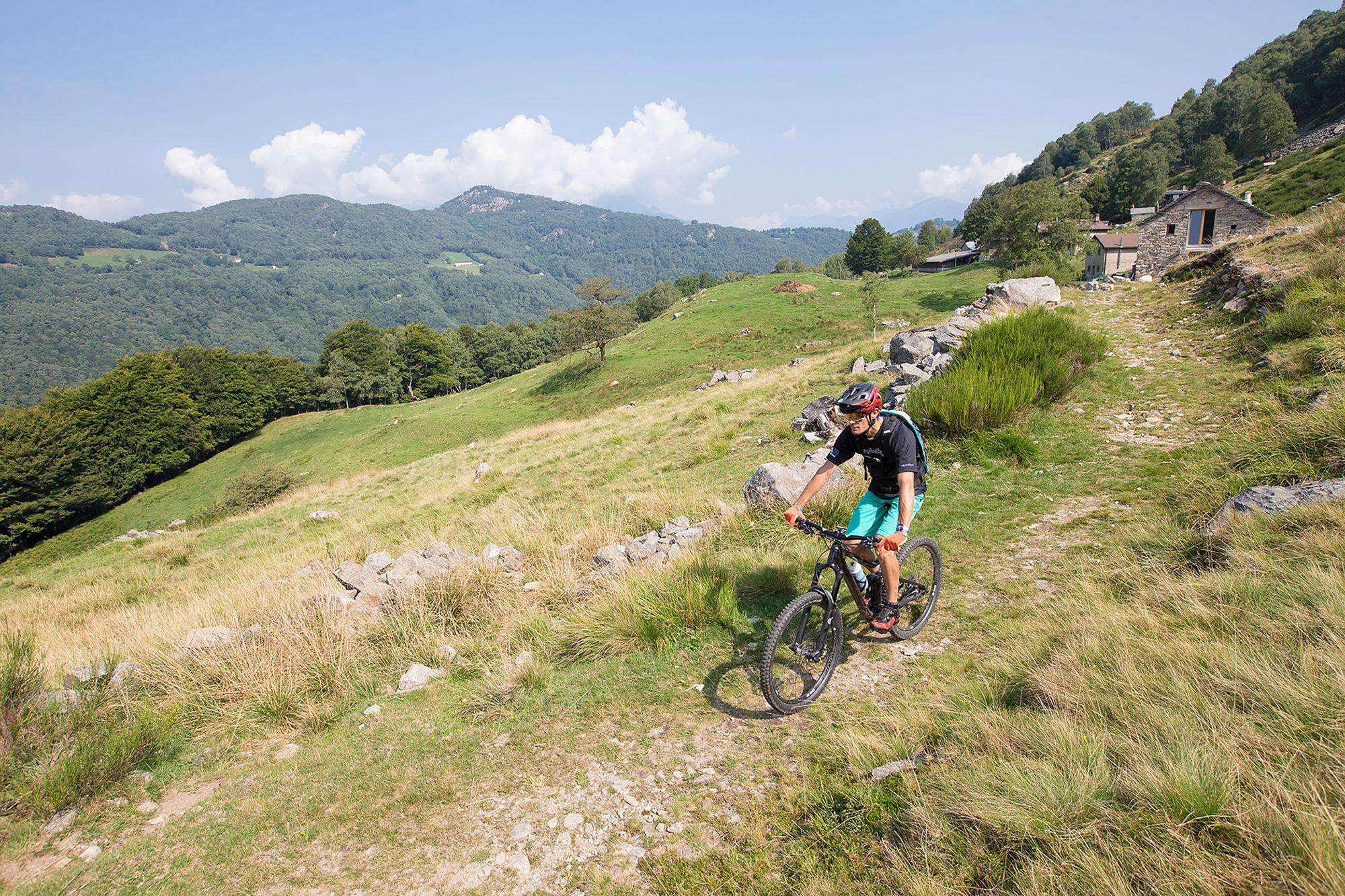 Ab ins Tessin Die besten Biketouren am Luganersee